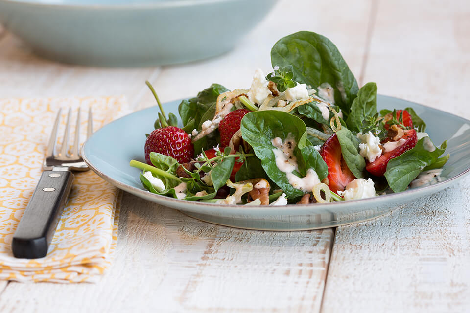 Spinach Strawberry Salad with Strawberry Balsamic Dressing