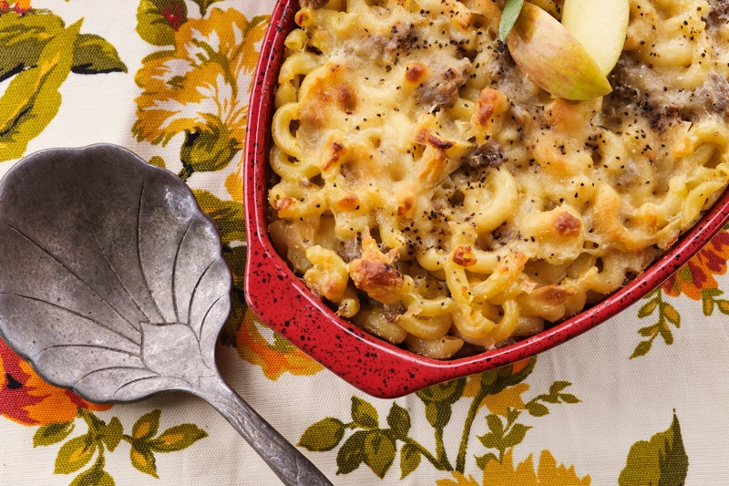 Sausage-Apple Mac and Cheese