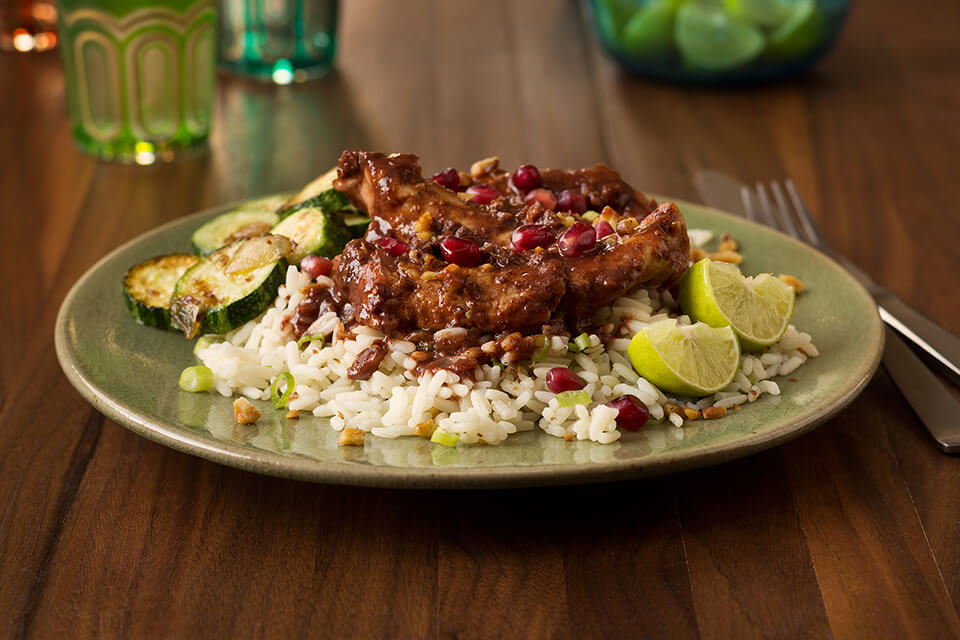 Chicken with Pomegranate and Walnut Sauce